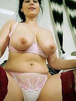 Allesandra - Big Ass & Wide Hips MILF