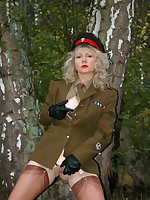 army girl gets horny outdoors